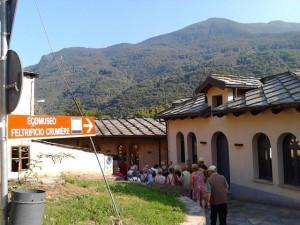 Das Ecomuseo di Feltro in Vilar Pellice, eine ehemalige Filzfabrik des Elsässer Fabrikanten Crumière, zeigt die Geschichte der Filzproduktion im Valpellice. In der Zeit der Industrialisierung boten die Waldensergebiete, nach heutigem Sprachgebrauch, zwei