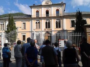 """Die Casa Valdese – das """"Waldensische Haus"""" - ist Sitz von Synode, Bibliothek und Verwaltung der waldensischen Kirche, die zusammen mit den Methodisten Italiens eine protestantische Kirche mit etwa 50,000 Mitgliedern bildet."""